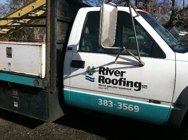 River Roofing crew
